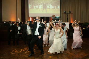 Gold-and-White-Wedding_0047-378x252